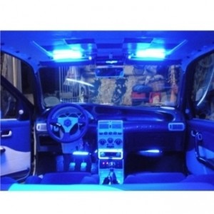 Luci e led per interni auto auto assicurazioni for Led per interni